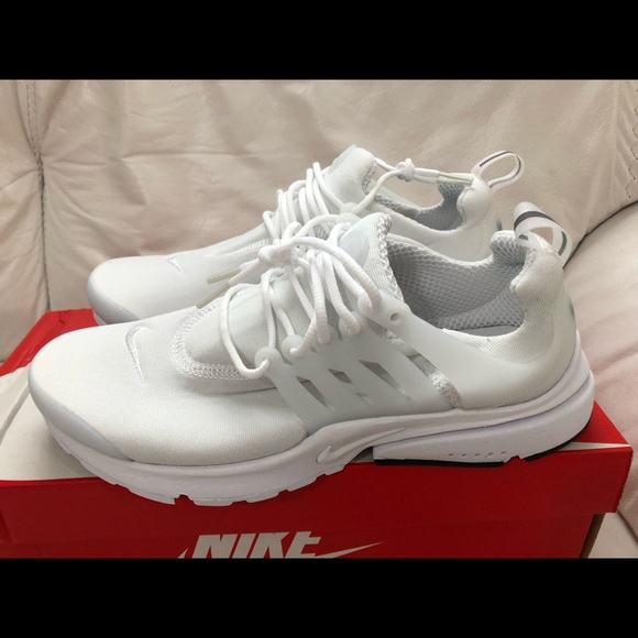 Nike Air Presto Essential Triple White Size 12 New NWT